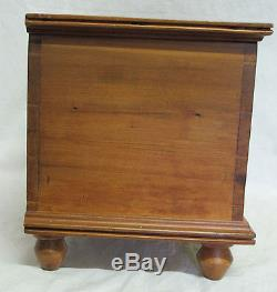 19th c Antique Dovetailed Pine Doll Trunk Footed Miniature Blanket Chest NR yqz