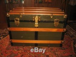 ANTIQUE FLAT SLAT TOP STEAMER TRUNK STAGE COACH CHEST COFFEE TABLE orig INTERIOR