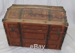 ANTIQUE VICTORIAN CHILDREN'S CAMELBACK WOOD TIN TOY STEAMER TRUNK CHEST TRAY