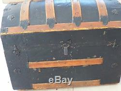 Antique Dome Trunk Camel Back Humpback Barrel Top Withremoveable