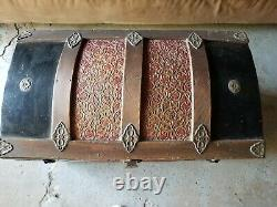Antique Metal/Wood Camelback Trunk Chest Steamer Steampunk Vintage VERY NICE
