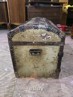 Antique Primitive Rustic Round Top Railroad Wood Slat Trunk Vintage Green Chest