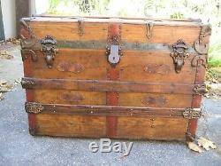 Antique Stagecoach Steamer Trunk 1890-1910 Natural Interior 31W Coffee Table