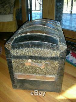 Antique Steamer Trunk Victorian Embossed Metal/Wood Dome Top w Orig TRAY