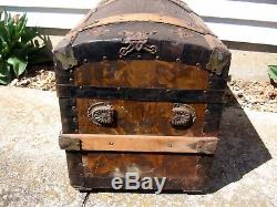 Antique Steamer Trunk Vintage Victorian Humpback Stagecoach Chest Tray