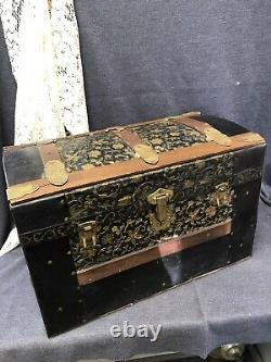 Antique Victorian Child Doll Camel Top Steamer Trunk withTray Wood & Metal Straps