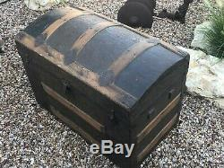 Antique Victorian Ladies Stagecoach / Steamer Trunk Arched Top RARE small Size