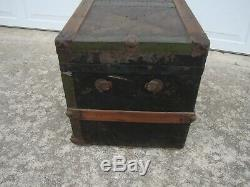 Antique Vtg Flat Top Metal Covered Wood Steamer Trunk Treasure Chest Nice Size
