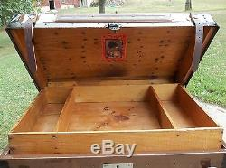 BlackDog ANTIQUE STEAMER TRUNK VINTAGE VICTORIAN DOME WOOD STAGECOACH CHEST KEY