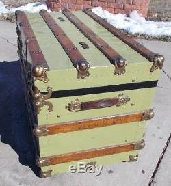 Kw-632 Metal Wood Steamer Trunk Nicely Refinished Coffee Table Steampunk Flat T