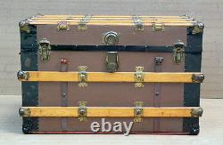 NICE Antique MANDEL BROTHERS CHICAGO Flat Top Steamer Trunk Travel Chest