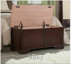 Rustic Cedar Lined Wood Storage Chest Trunk Coffee Table Antique Style Cherry