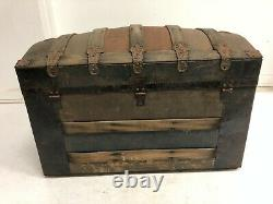 Vintage STEAMER TRUNK w Tray storage chest camelback humpback brown antique box
