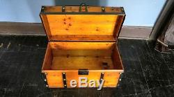 Vintage Stagecoach Wood, Leather, Brass 28 Trunk Chest