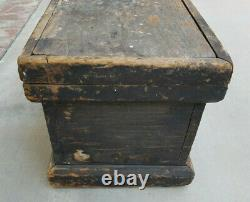 Vintage Wood Storage Chest Trunk Primitive Handmade Farmhouse Rustic 27.5 in