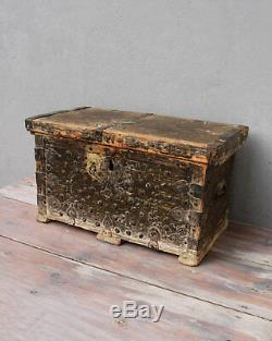 Vintage Wooden Chest Trunk Footlocker 1910's 1930's Shabby Cottage Chic Rustic